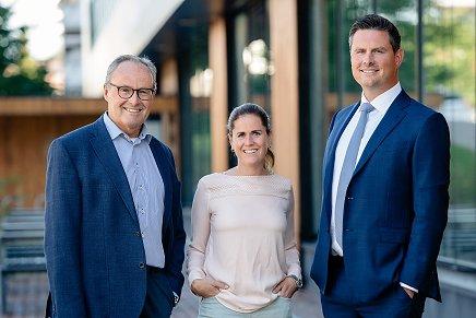 Andra och tredje generationen: John-Erik Karlsen, Elizabeth Karlsen och Christopher Karlsen